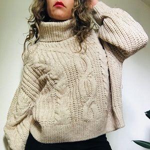 Oversized nice sweater H&M size M.